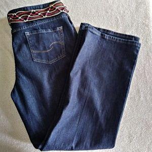 Levi's Low Rise Boot Cut Dark Wash w Belt Sz 18